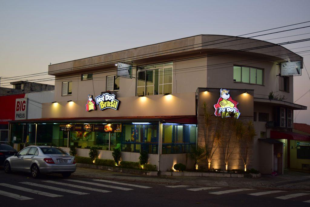 Hot Dog Brasil fecha parceria com Grendacc no APP DoarFácil
